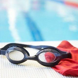 Attrezzatura nuoto