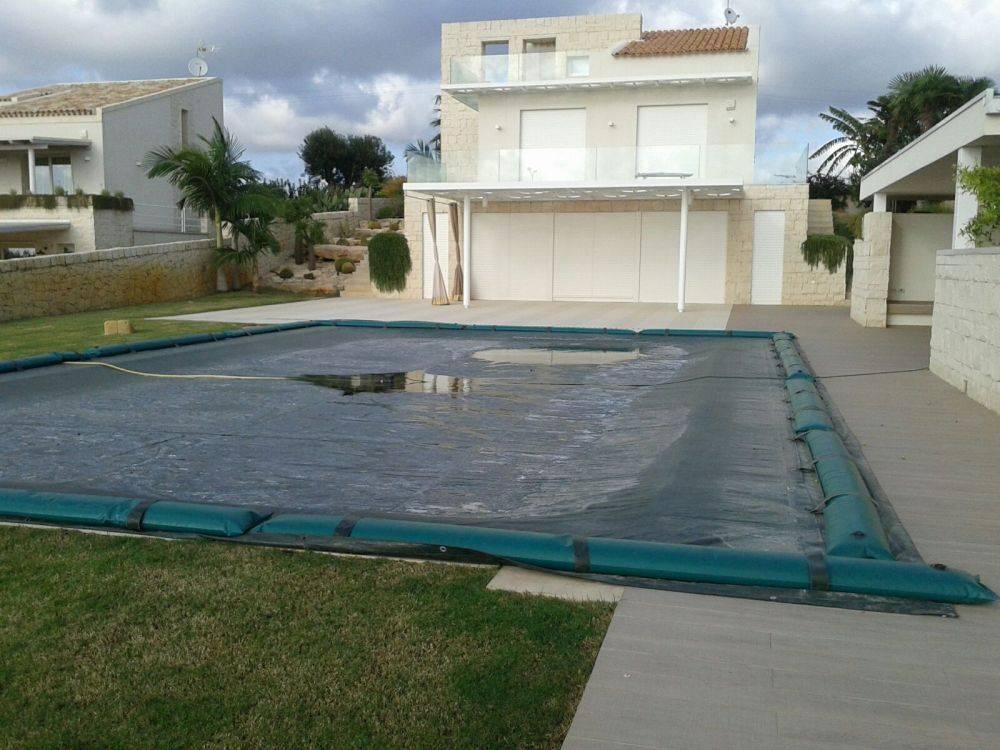 Copertura invernale mod twin per piscine rattangolari in - Telo copertura piscina ...