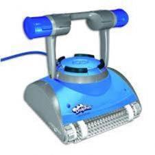 Robot Dolphin Master M4 per la pulizia di piscine