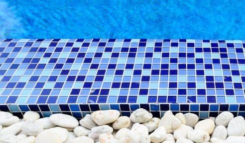 Rivestimenti mosaici e bordi piscina natare vendita e servizi